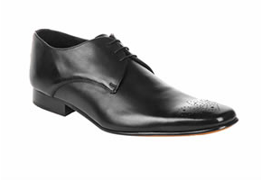 http://www.ma-grande-taille.com/wp-content/uploads/2009/07/soldes_walktall_ville_chaussures.png