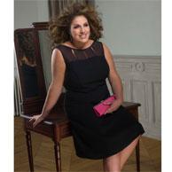 la petite robe noire pour femme ronde. Black Bedroom Furniture Sets. Home Design Ideas