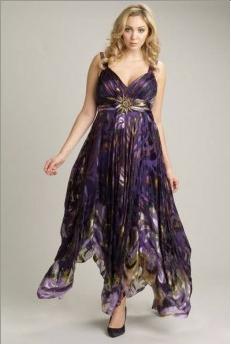 viviana la marque de robes de soir e grandes tailles fait son entr e chez castaluna. Black Bedroom Furniture Sets. Home Design Ideas