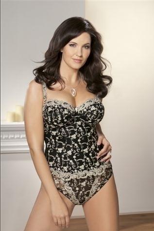 lingerie grande taille la magie du rayon castaluna sous vetement femme ronde. Black Bedroom Furniture Sets. Home Design Ideas