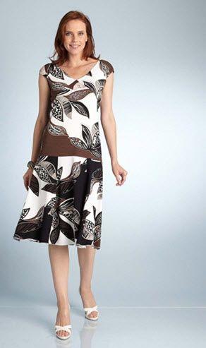 robes tonnantes blog robe classique pour femme agee. Black Bedroom Furniture Sets. Home Design Ideas