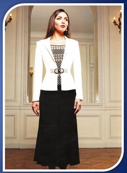 D couvrez l univers la pompadour paris et ses robes de for Robes d occasion pour les mariages plus la taille