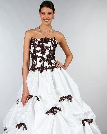 Salon du Mariage Paris 2012 : Gros plan sur les robes de mariée ...