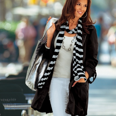 s lection de manteau grande taille blancheporte pour les petits budgets. Black Bedroom Furniture Sets. Home Design Ideas