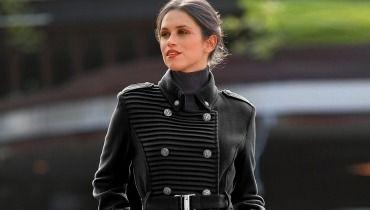 blanche et extra belle un long manteau femme taille 48 pour passer l hiver sinon rien. Black Bedroom Furniture Sets. Home Design Ideas