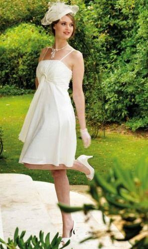 S lection de robe mari e grande taille pas cher chez tati for Robes taille plus pour les mariages pas cher