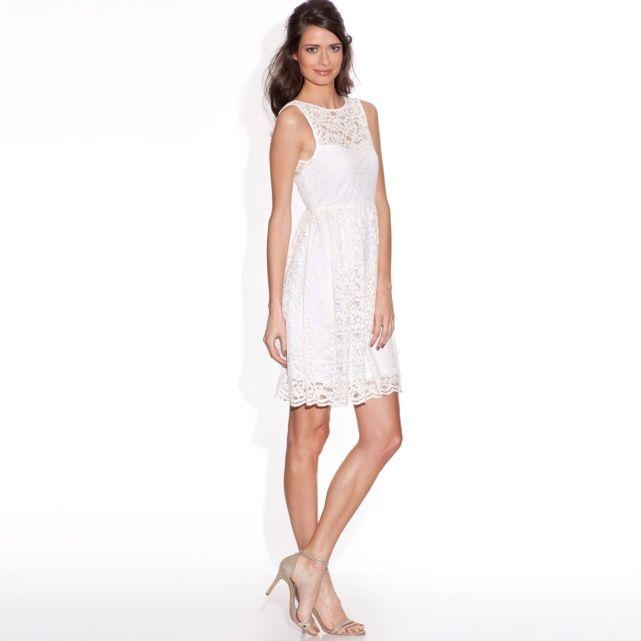 Robe mariage grande taille 20 boutiques pour la trouver for Robe courte pour la noce