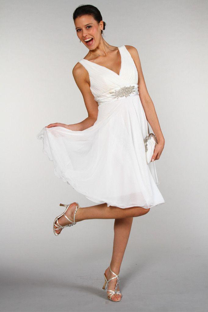 Robe de mariee courte pour femme ronde