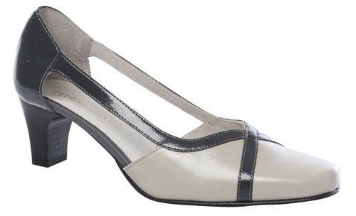 3 sites en soldes pour acheter des chaussures pieds larges pour l 39 t. Black Bedroom Furniture Sets. Home Design Ideas