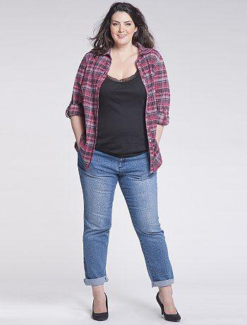jeans pour femme ronde. Black Bedroom Furniture Sets. Home Design Ideas