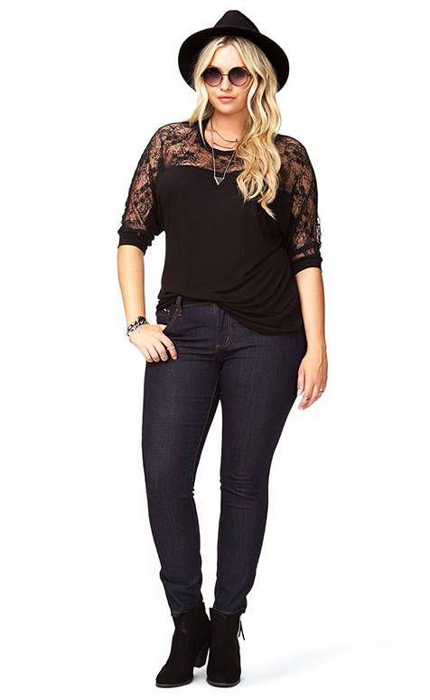 pantalon grande taille noir et top assorti