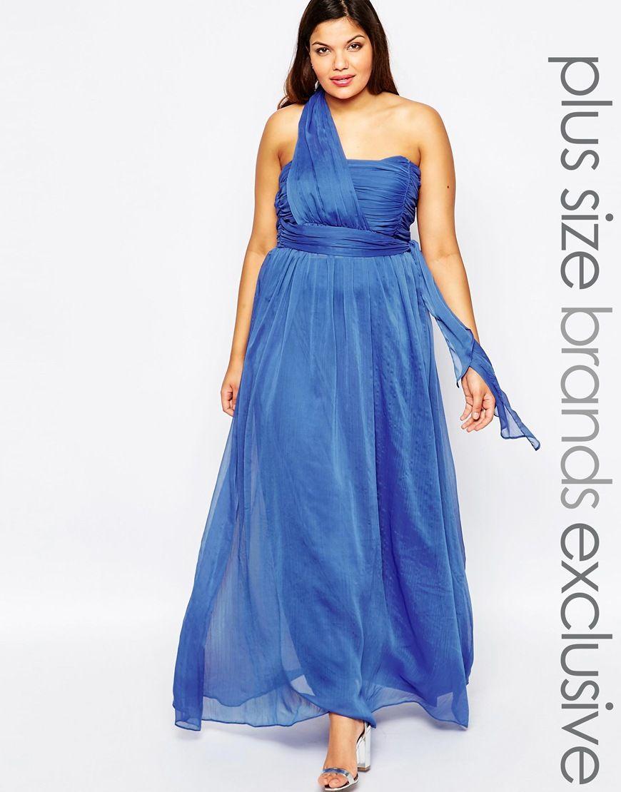 une robe grande taille