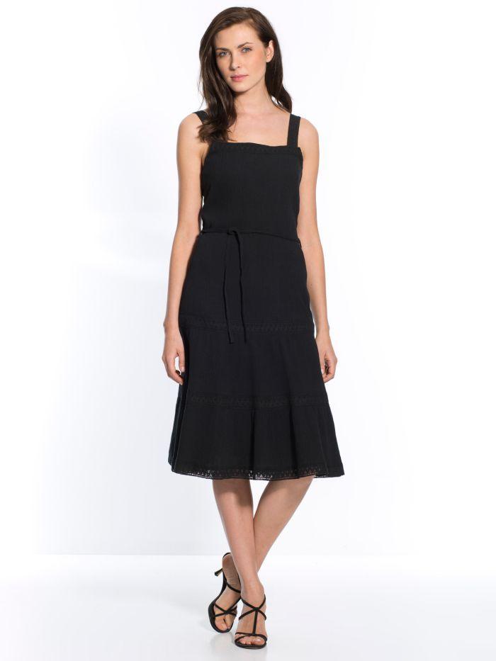 robe noire grande taille pour l 39 t 2015 notre top 5. Black Bedroom Furniture Sets. Home Design Ideas