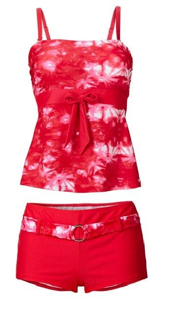 tankini ou bikini quel maillot de bain quand on est ronde. Black Bedroom Furniture Sets. Home Design Ideas