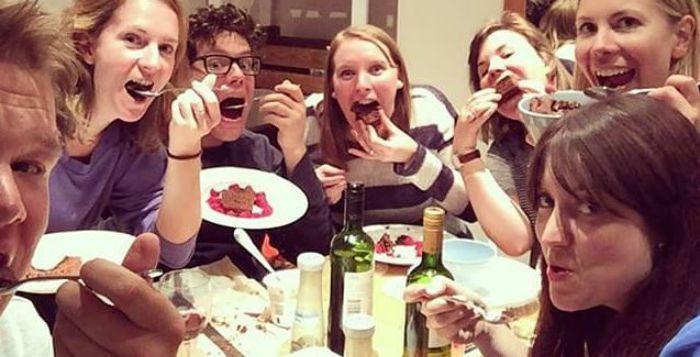 manger du gâteau pour lutter contre la grossophobie
