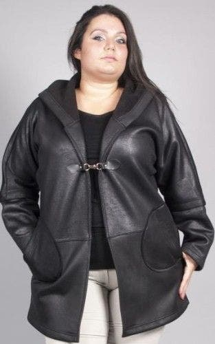 Manteau noir pour femmes rondes : 15 modèles pour l'hiver 2016