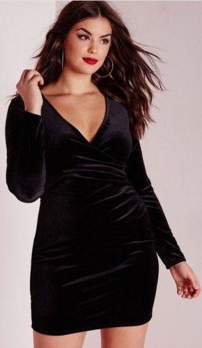 robe moulante cache c ur grande taille en velours noir disponible. Black Bedroom Furniture Sets. Home Design Ideas