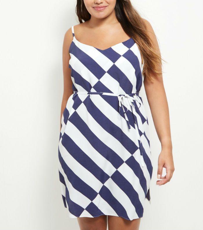 8e782cc71d5f robe à enflier new look rayee bleu blanc