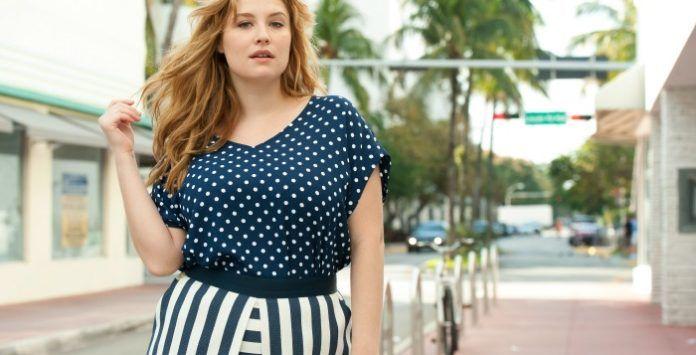 Esprit navy comment se cr er un look tendance en bleu et blanc - Comment se creer le vent ...
