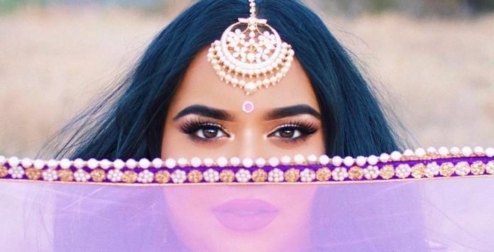 3478bd1abd Blogueuse beauté ronde : moquée, elle répond par un tuto make up body  positive qui fait le buzz
