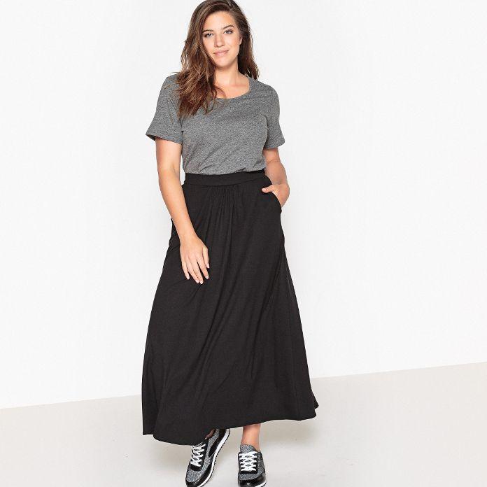 Portez la jupe grande taille avec style pour cet hiver 20182019