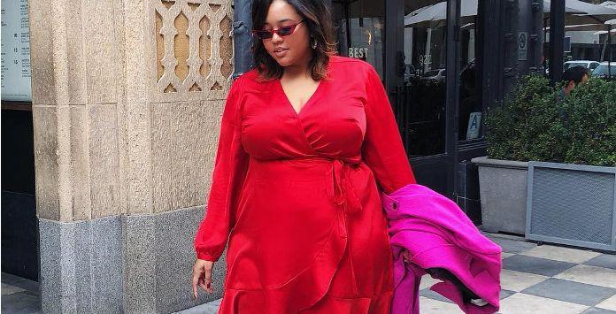 092fa26ef3d Succombez au glamour de la robe grande taille rouge pour l hiver 2019