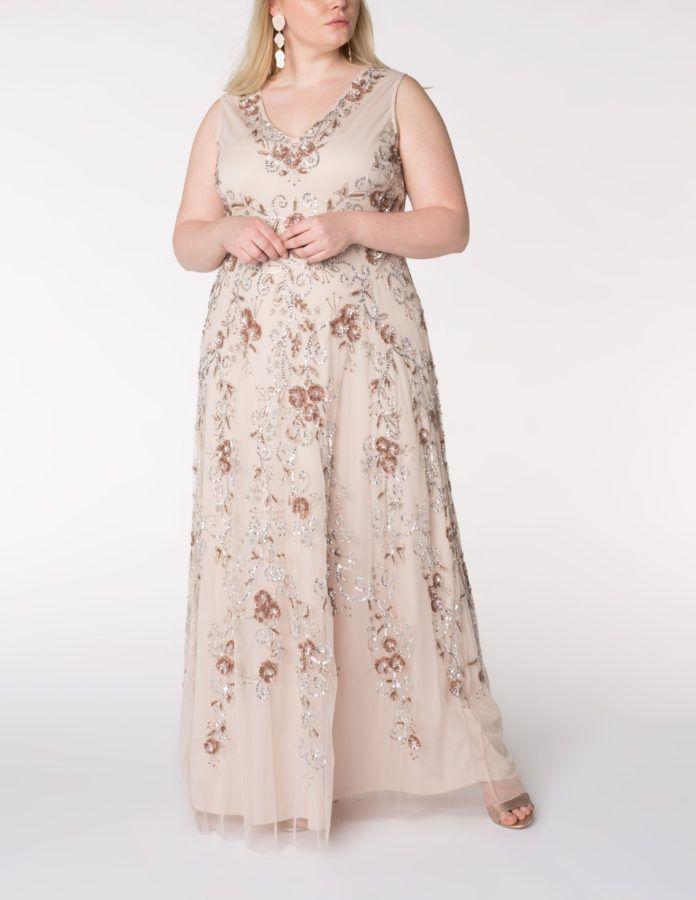 7 - La robe de soirée brodée de perles et de paillettes c775b16507d7