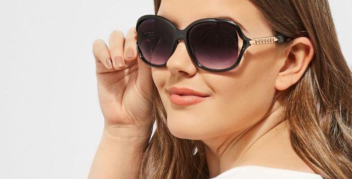 95f4a4f586 10 paires de lunettes de soleil qui ne vont pas vous quitter cet été