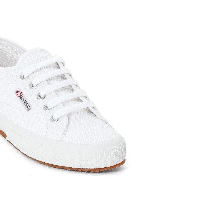 7 paires de baskets blanches pour tous les jours